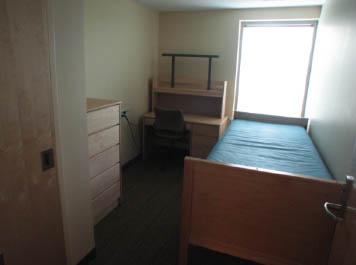 10-buick-bedroom